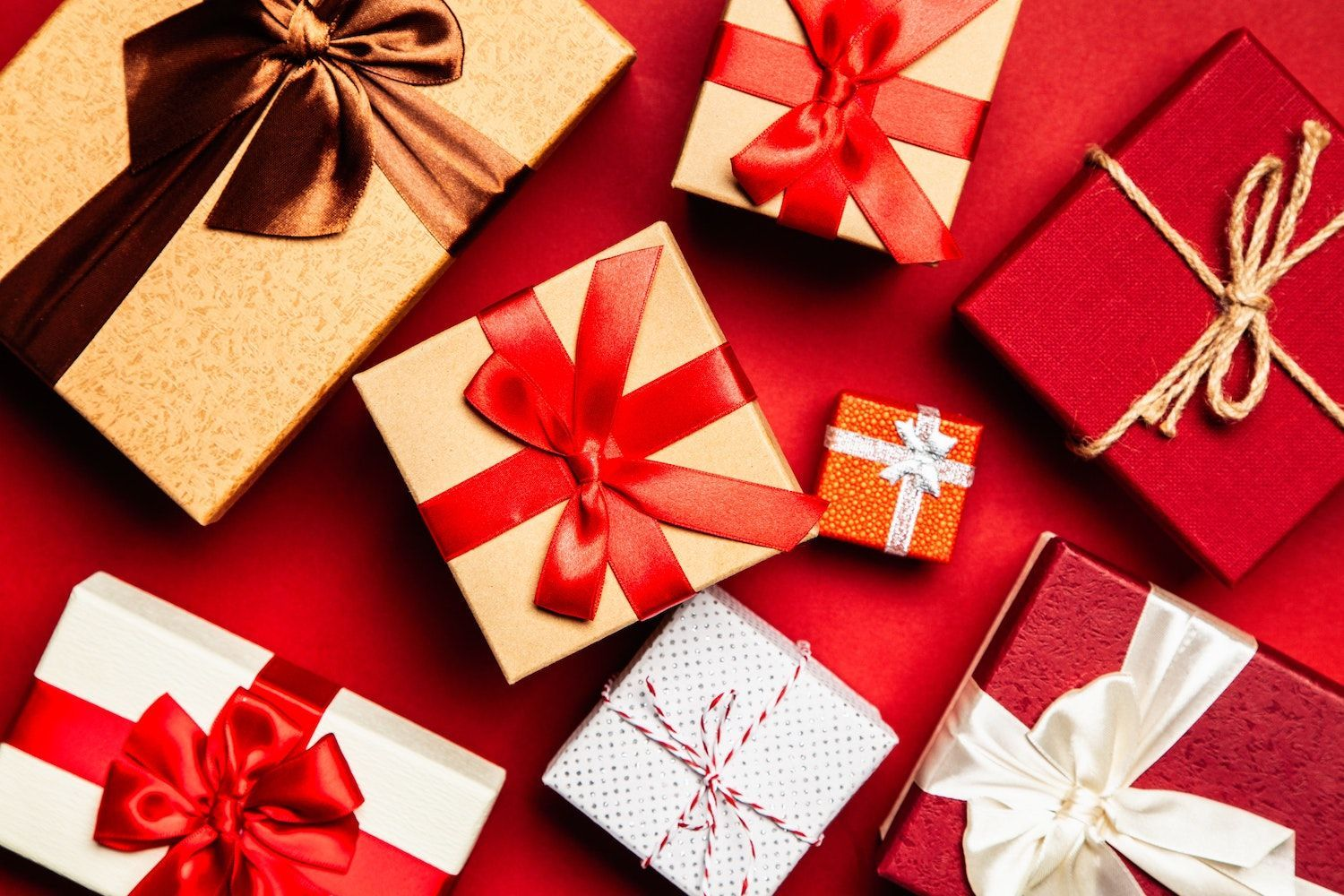 How Santa Claus would benefit from a location-based solution for his Christmas gift delivery & How Santa could benefit from a location-based solution